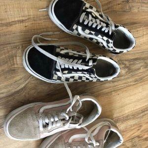 Vans 2 pairs